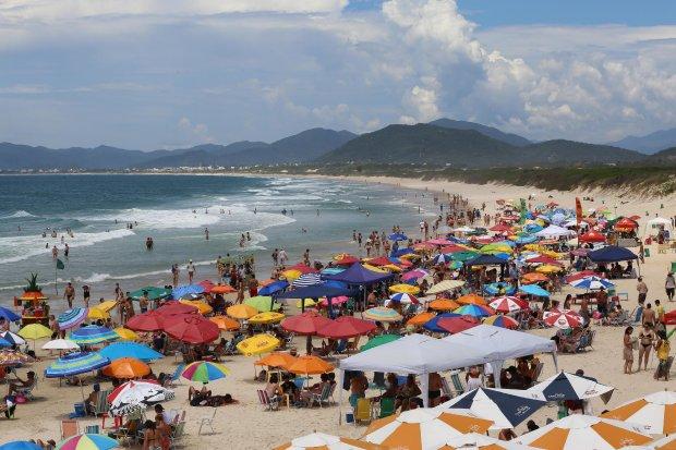 Verão Santa Catarina: números mostram que a estação é destaque na economia do estado