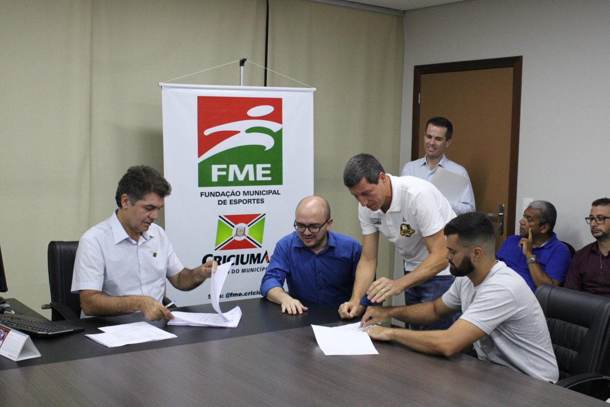 Governo Municipal assina convênio com entidades esportivas de Criciúma