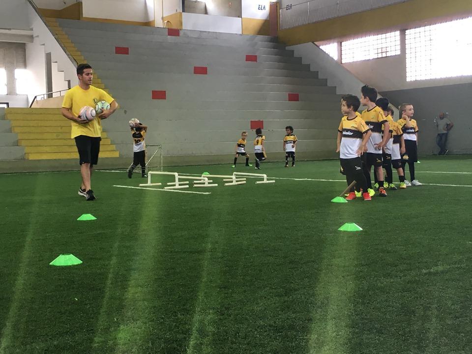 Inscrições abertas para escolinhas de futebol em parceria entre FME e Criciúma Esporte Clube