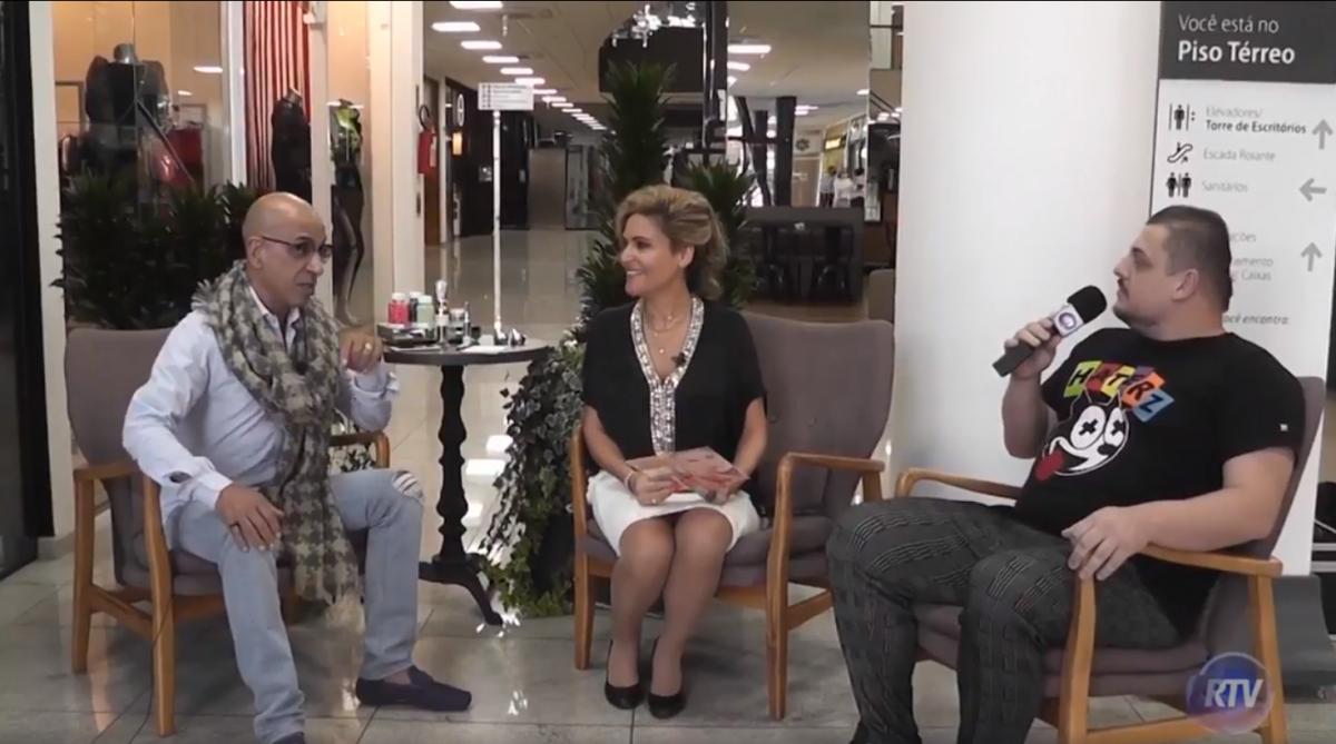 Kyze Claumand Você Mais Jovem by Lee Montenegro no Metropolitan Mall